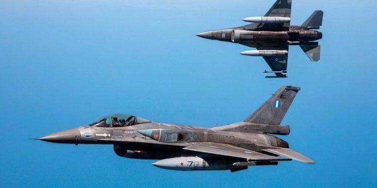 OTAN realiza ejercicios de defensa aérea a gran escala en el Mar Negro