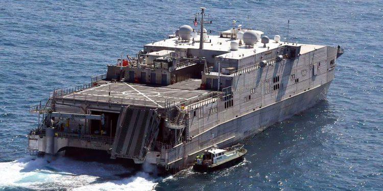 EE. UU. envió un transporte rápido expedicionario al Mar Negro