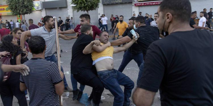 Cientos protestan en Judea y Samaria hartos de la corrupción de la Autoridad Palestina