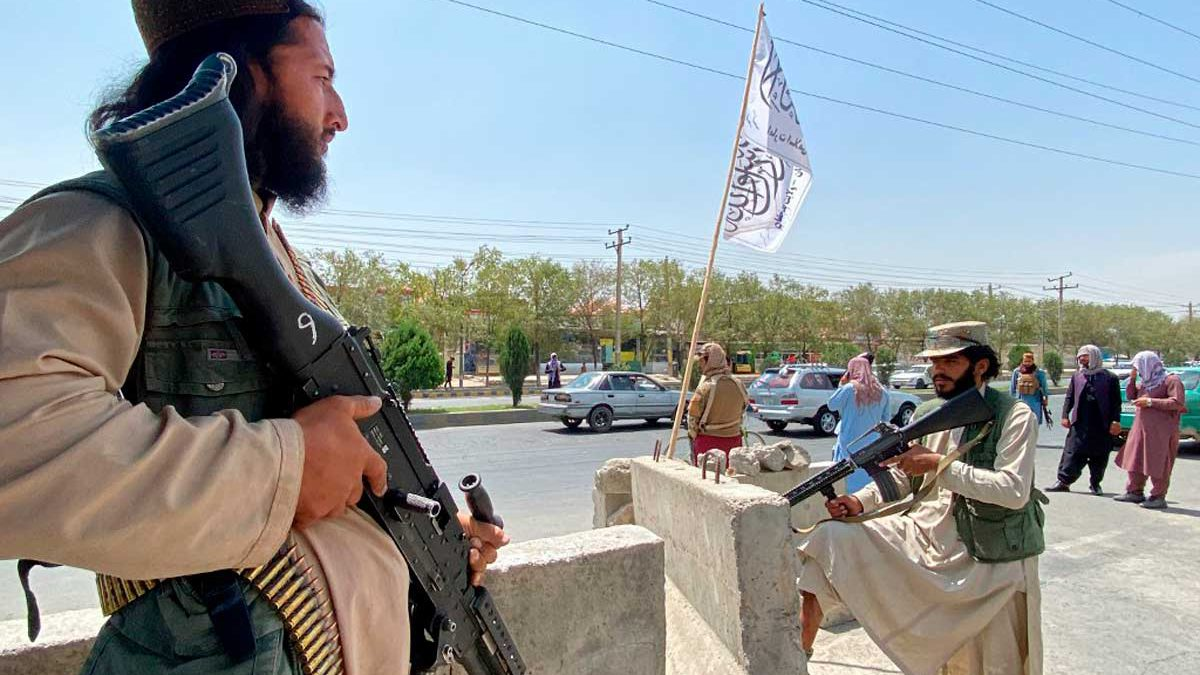 Kabul despierta ante una nueva realidad: Los talibanes de nuevo en el poder