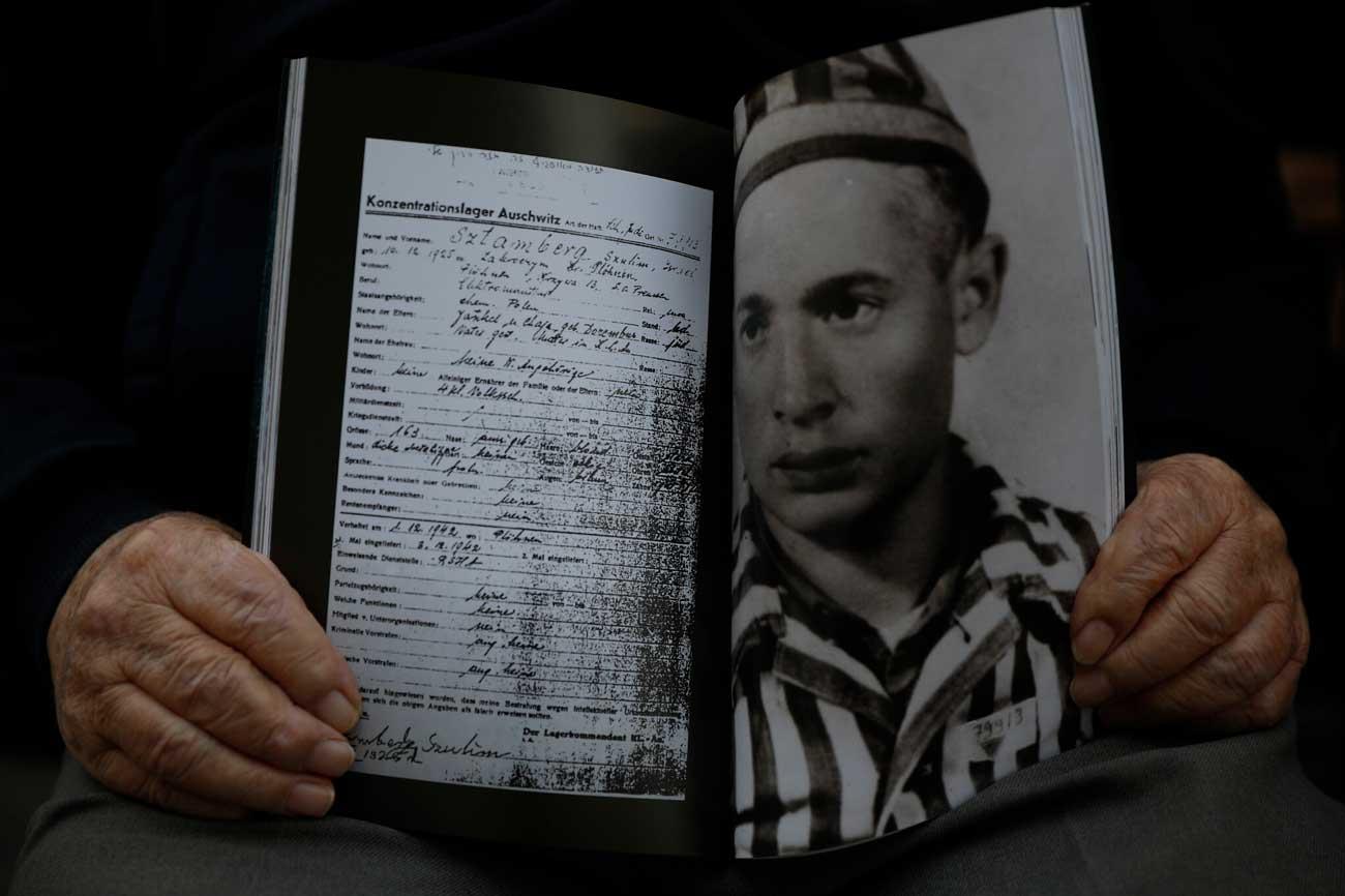 Uno de los últimos supervivientes del gueto de Varsovia fallece por COVID a los 96 años