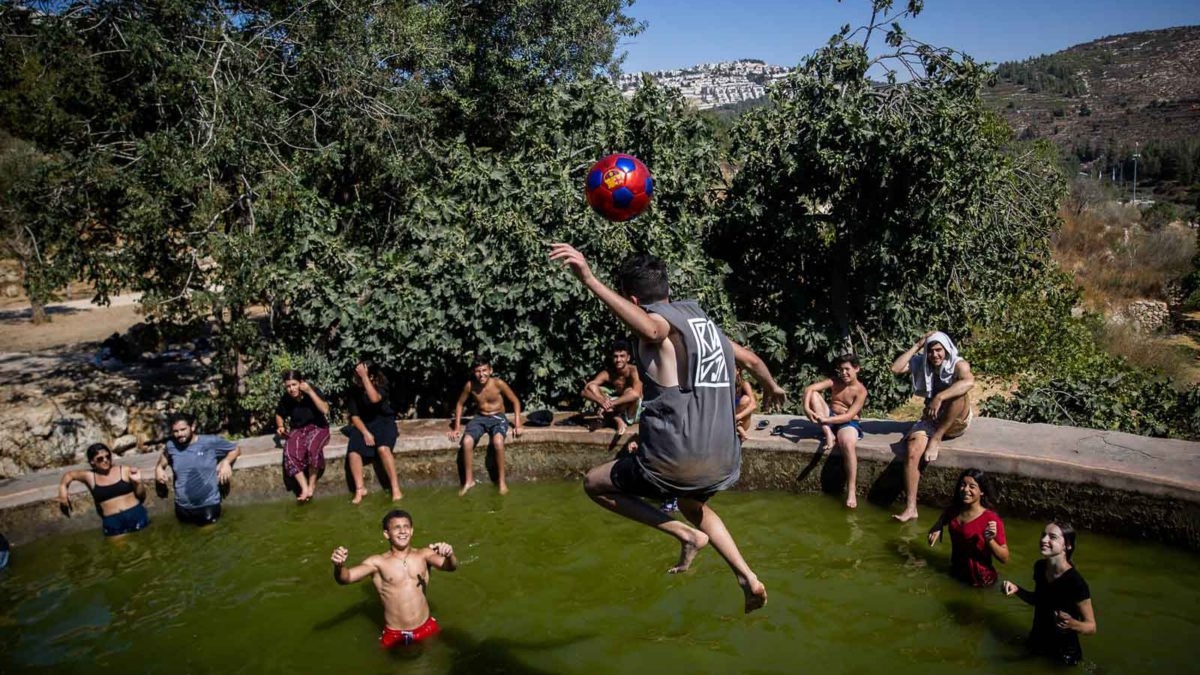Israel se prepara para una ola de calor que durará una semana