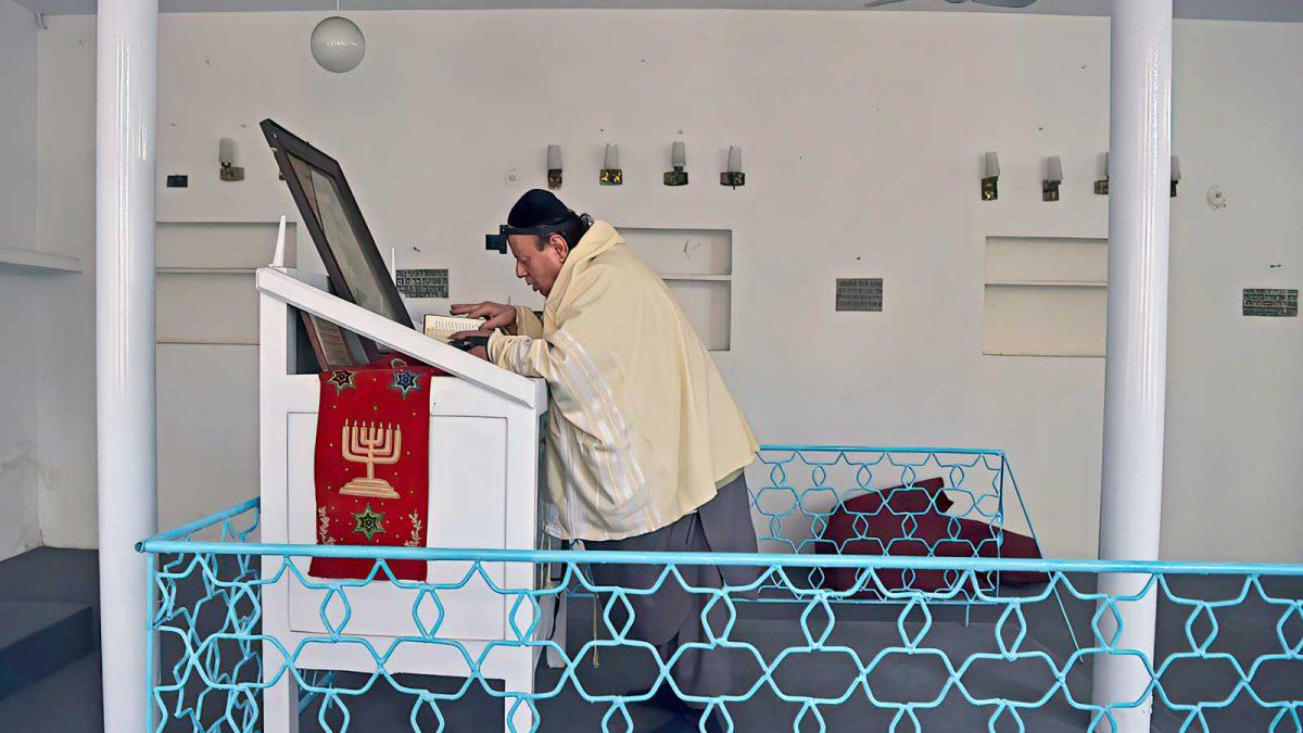 El último judío en Afganistán estará a salvo, dice un portavoz talibán a los medios de comunicación israelíes