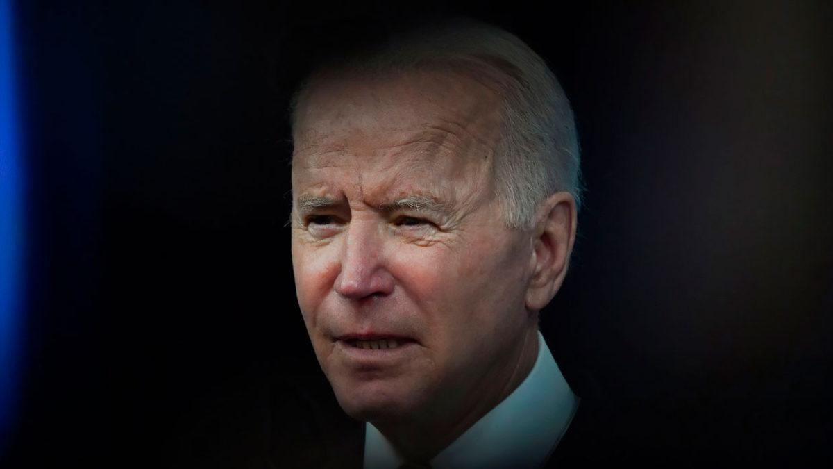 Biden ha cavado un agujero para sí mismo: pero sigue cavando