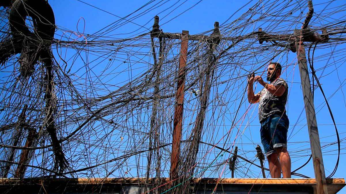Los contratos clandestinos y la corrupción perpetúan la crisis de electricidad de Irak