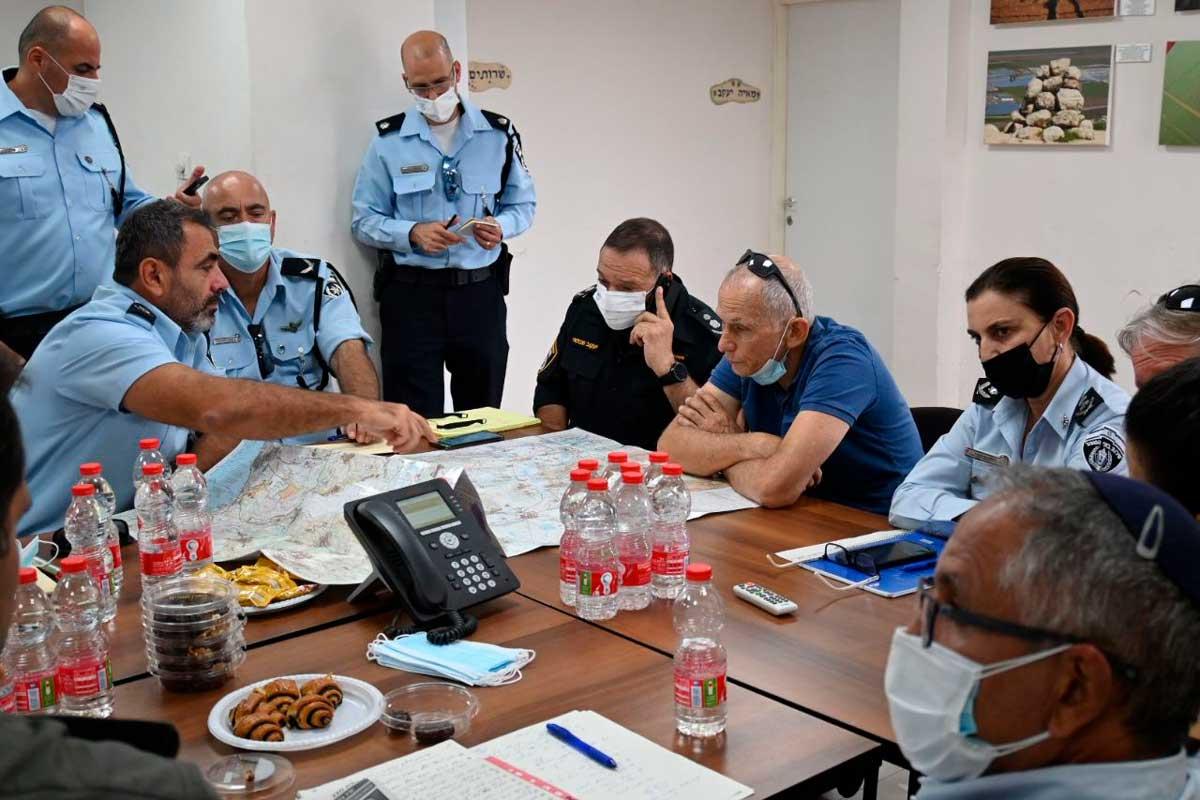 Policía en alerta máxima ante posible ataque de los terroristas palestinos fugitivos