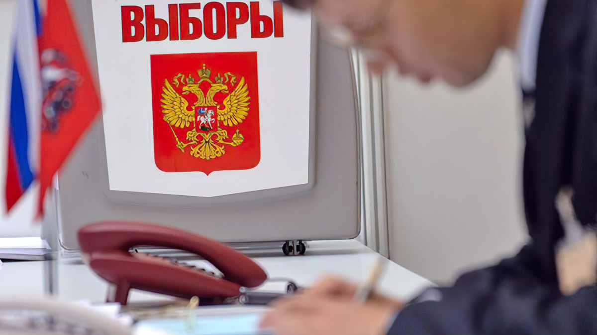 """El Kremlin quiere encarcelar a los rusos por """"difundir noticias falsas sobre las elecciones"""""""