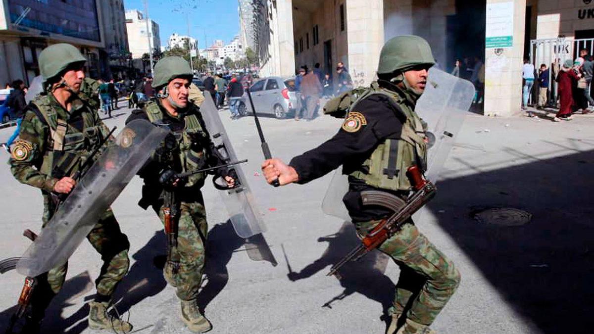 La Autoridad Palestina ordena reprimir a los delincuentes y las armas ilegales en Hebrón
