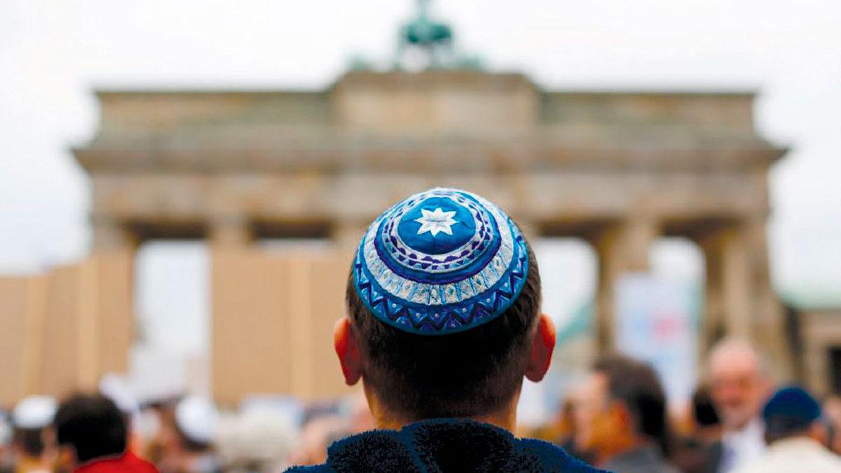 Un hombre de origen judío vuelve al judaísmo tras años como musulmán