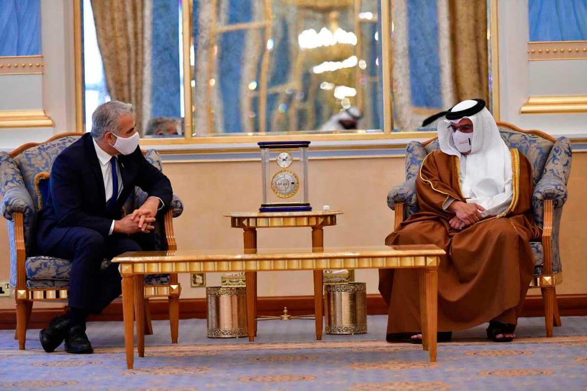 Canciller israelí celebra una reunión histórica con el rey de Bahréin