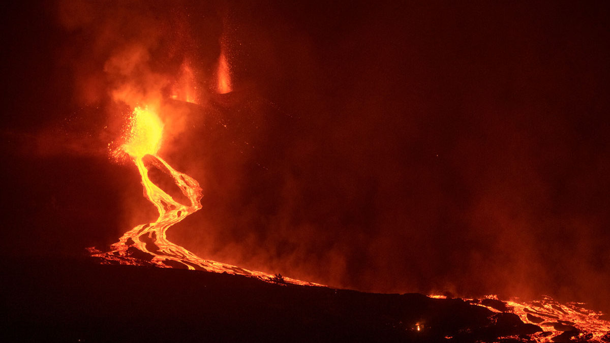 La lava del volcán de La Palma podría provocar una explosión y liberar gases tóxicos