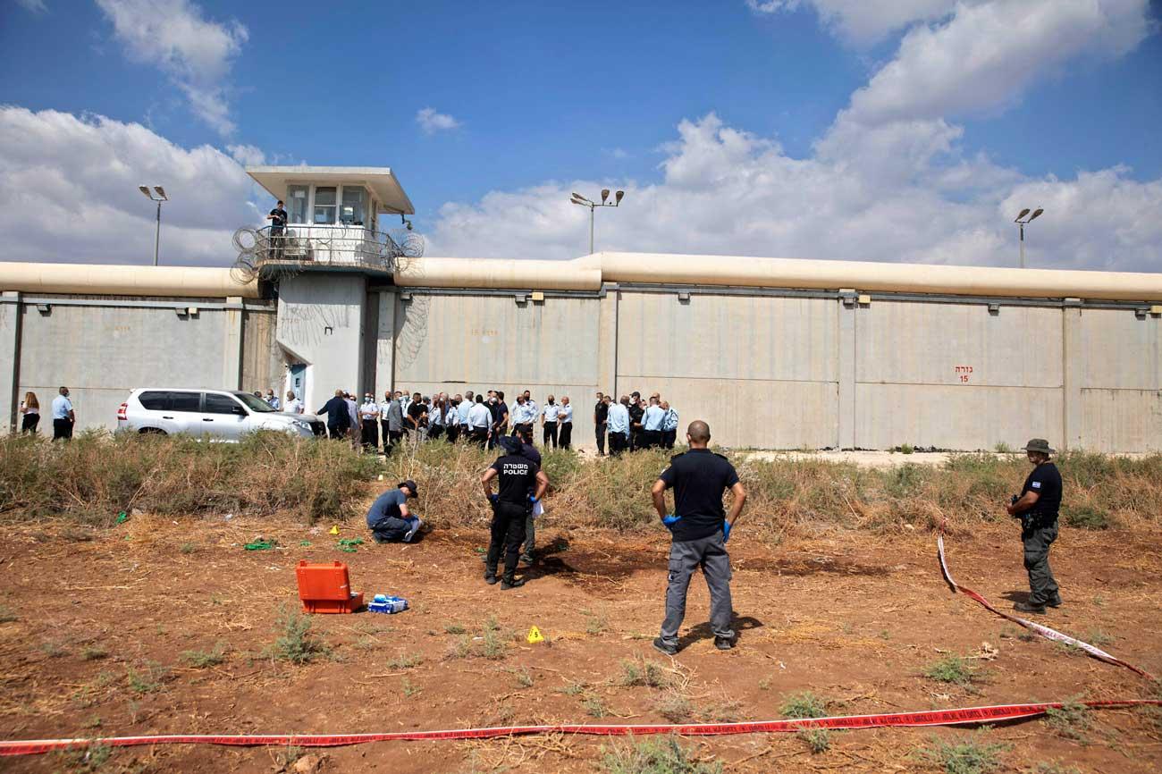 """Fuga de Gilboa: Los terroristas fugitivos son buscados """"vivos o muertos"""""""