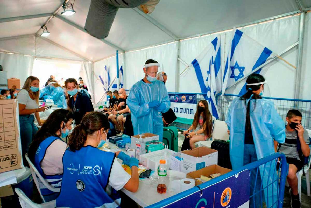 Israel registra 2.616 nuevos casos de COVID: la tasa más baja en meses