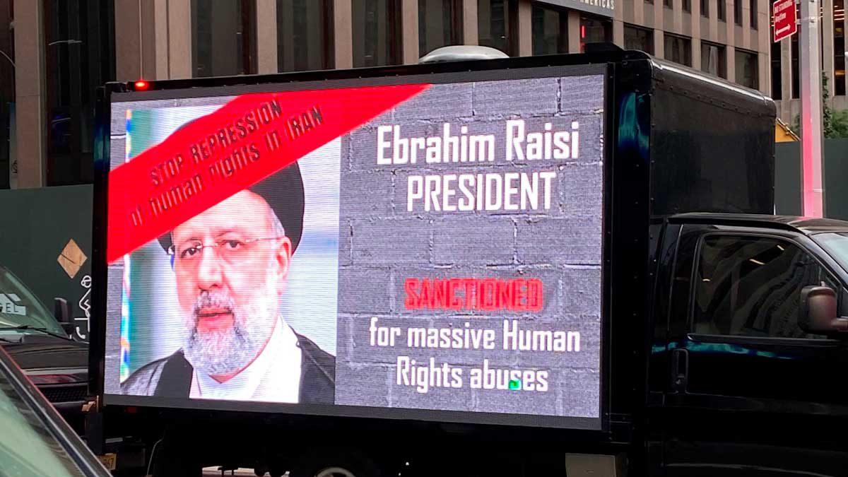 Los neoyorquinos protestan contra Irán mientras Raisi se dirige a la ONU
