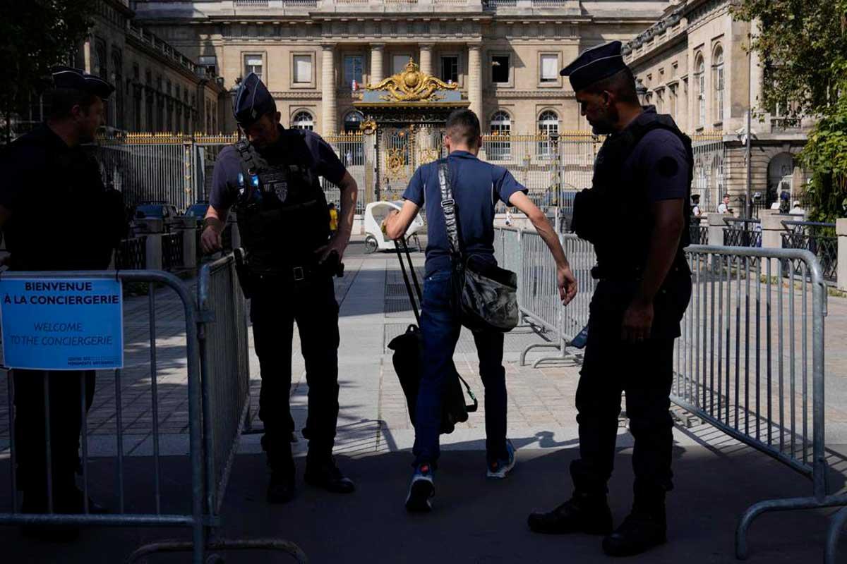 Atentados de París: ¿Qué está en juego en el mayor juicio de la historia de Francia?