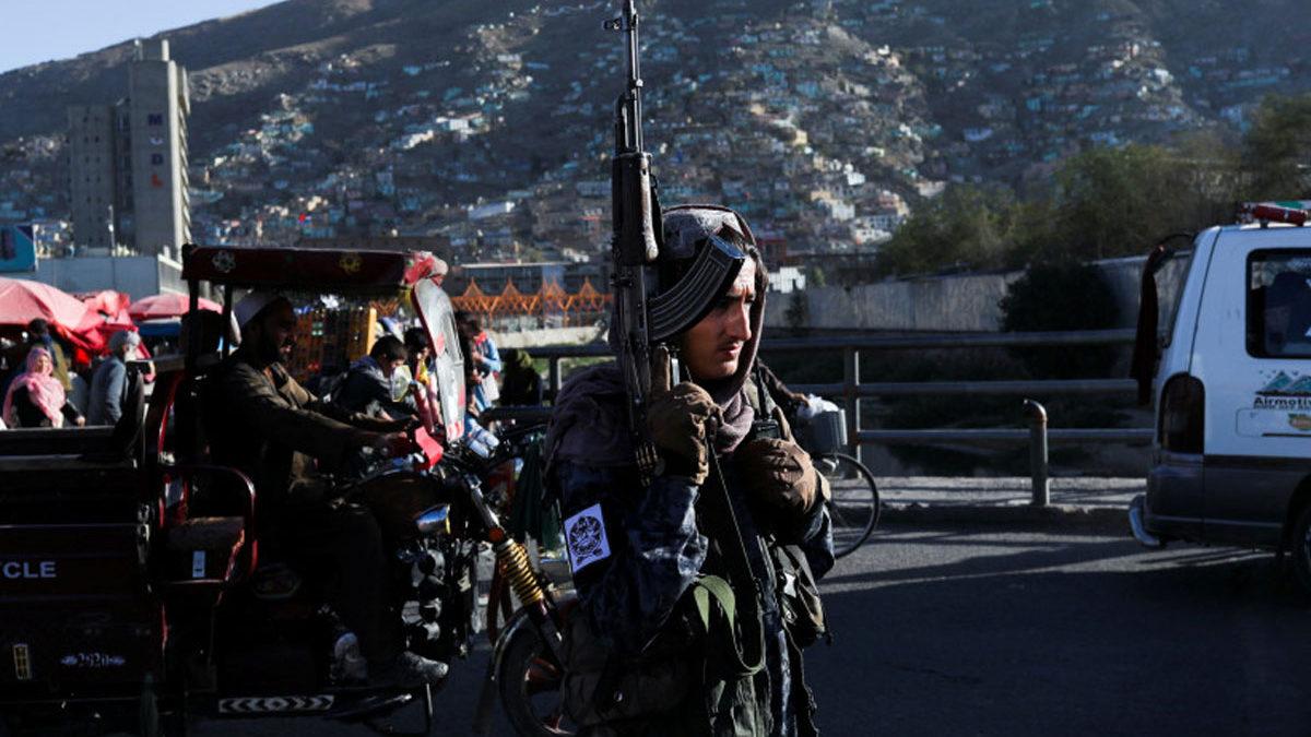 Los talibanes advierten a EE.UU. contra las operaciones con drones en Afganistán