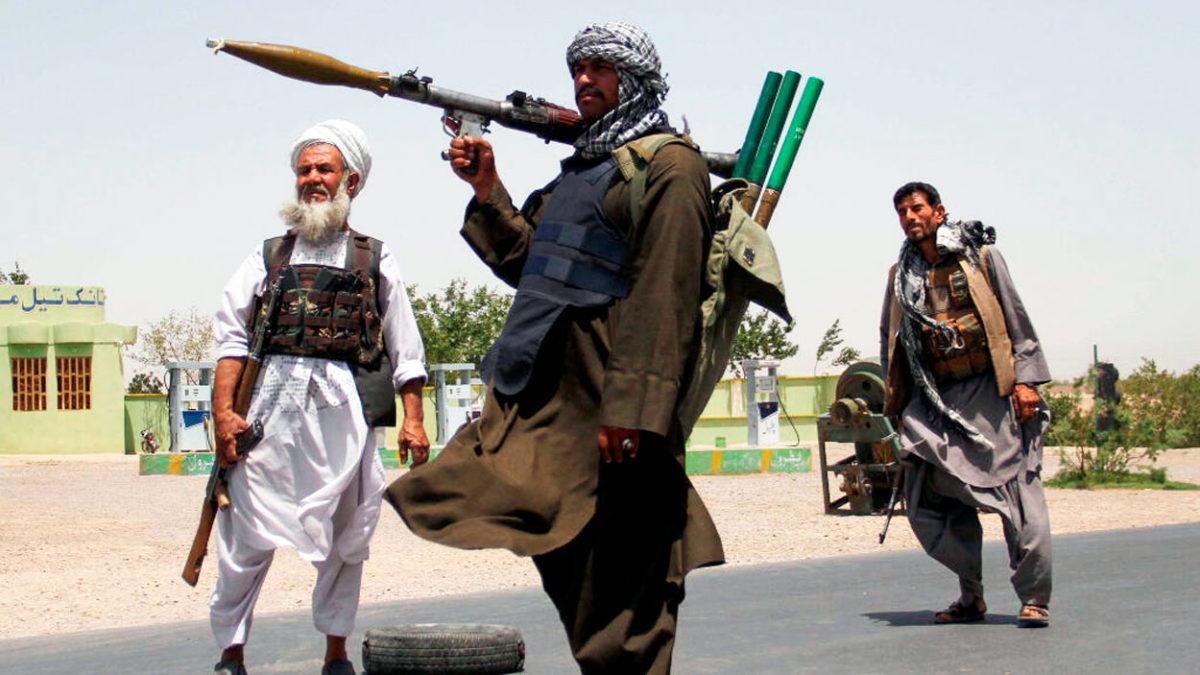 Los talibanes podrían recibir armas nucleares de Pakistán tras la retirada de EE.UU.