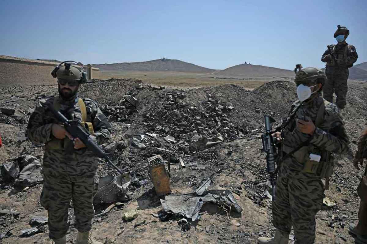 Los talibanes se regocijan en las ruinas de la última base de la CIA en Afganistán