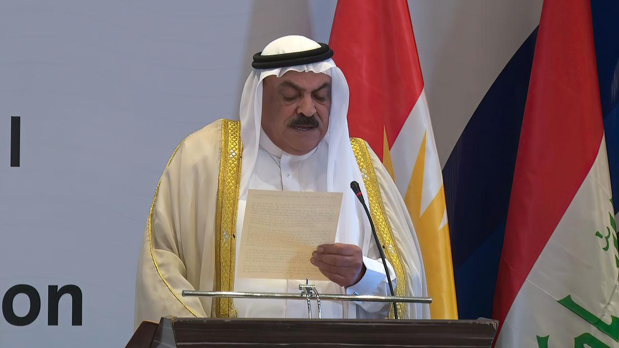 Wissam al-Hardan, líder tribal suní de la provincia iraquí de Anbar, pide la normalización con Israel en una conferencia en Erbil, el viernes 24 de septiembre de 2021. (Centro de Comunicaciones para la Paz)