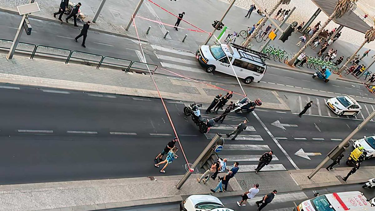 Árabe detenido tras amenazar con un arma a los transeúntes en Tel Aviv