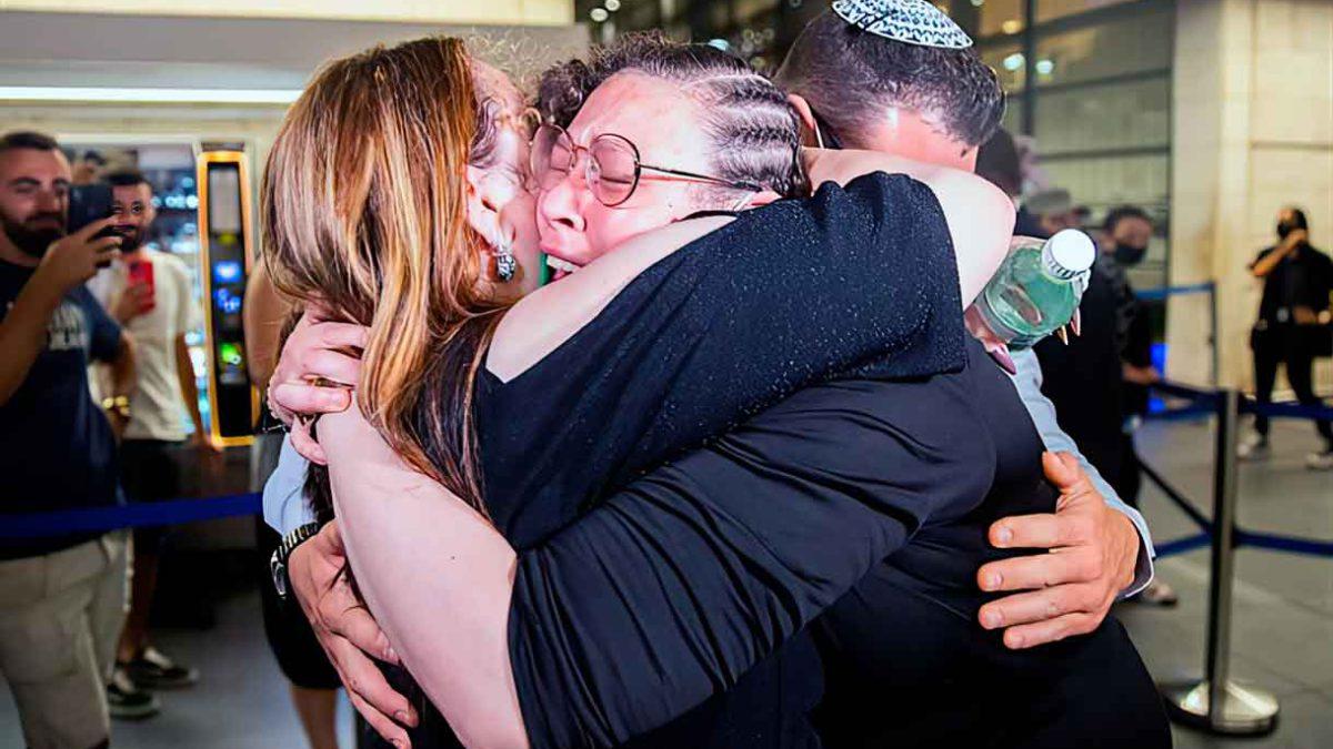 Israelí detenida en Perú regresa a Israel