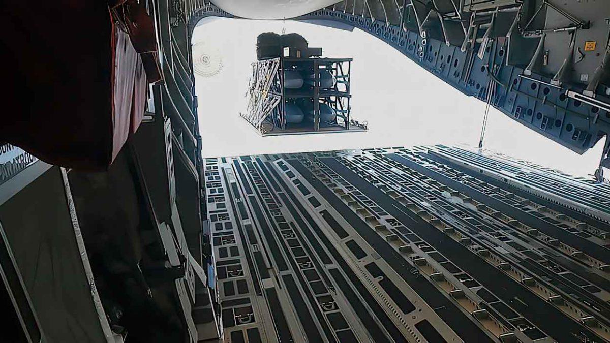 Lockheed Martin demuestra la capacidad de munición paletizada Rapid Dragon desde C-17 y EC-130