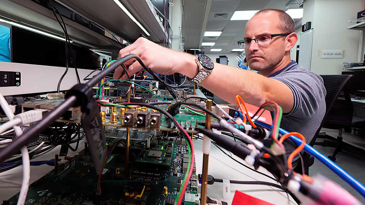 El fabricante de chips israelí Valens completa la fusión con SPAC