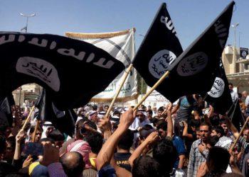 Mujer alemana que se unió al ISIS enfrenta veredicto por el asesinato de una niña yazidí en Irak