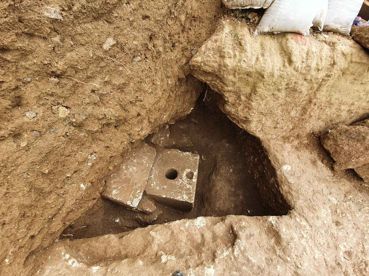 Descubren retrete privado de 2.700 años de antigüedad en Jerusalén