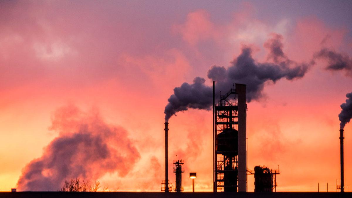 La demanda de combustibles fósiles supera los máximos previos a la crisis del COVID