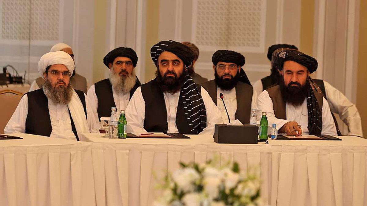 Talibanes se reúnen con una delegación de Estados Unidos y la UE para pedir apoyo