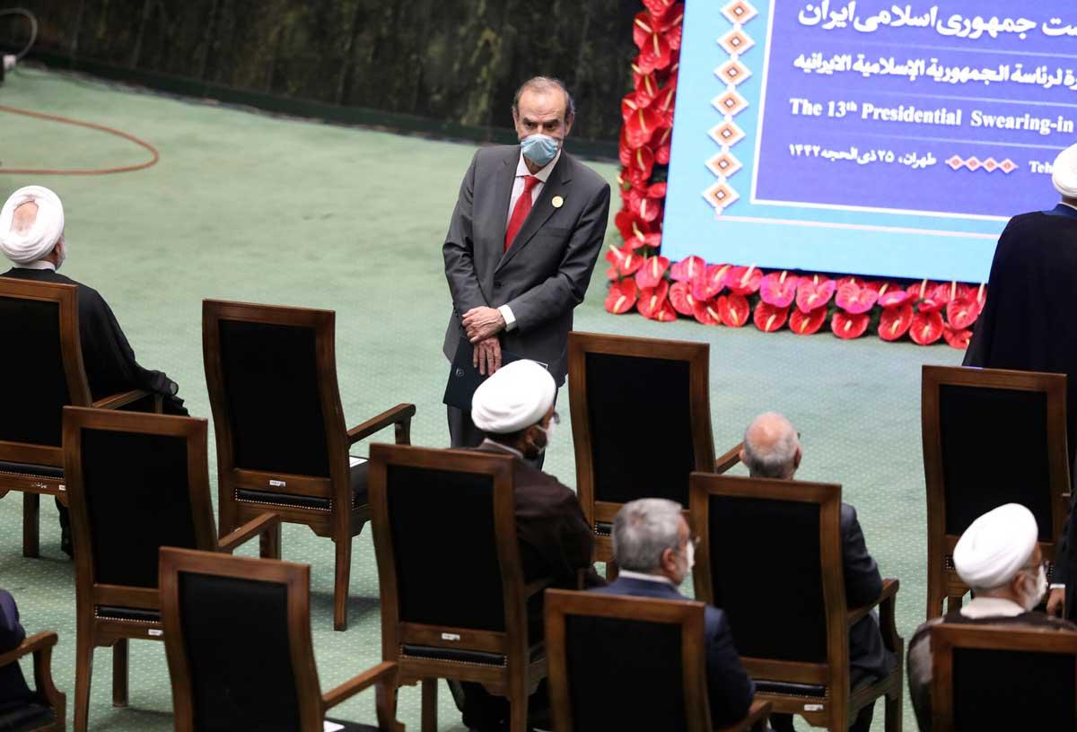 Enviado de la UE para las conversaciones nucleares se reúne con el viceministro de Irán