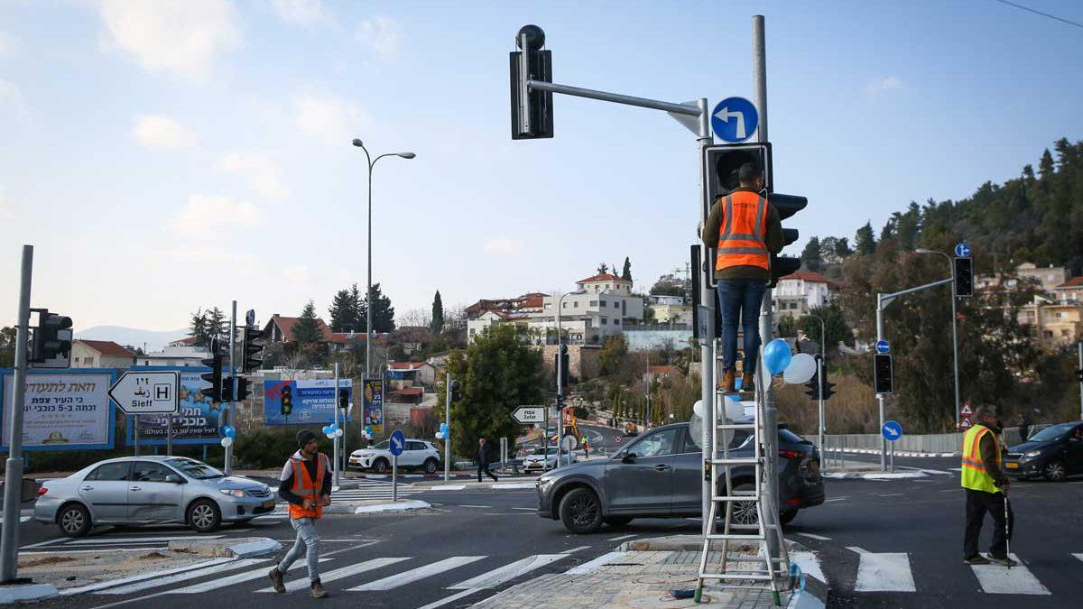 Google prueba en Israel su tecnología de IA para cronometrar mejor los semáforos