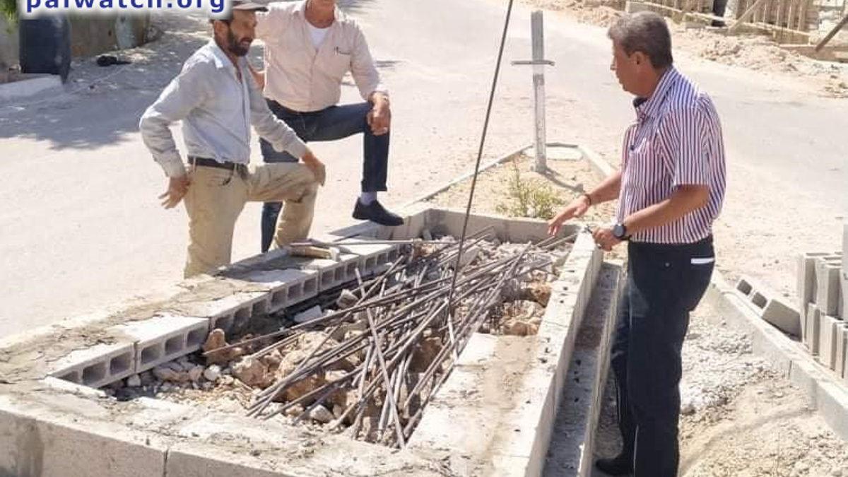 Autoridad Palestina erige monumento en honor a un terrorista que asesinó israelíes