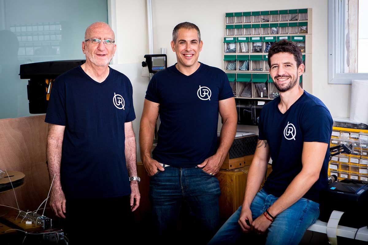 Startup israelí lanzará un robot capaz de realizar tareas domésticas