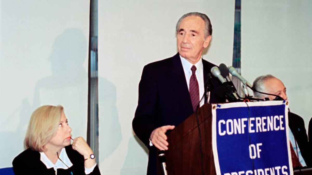 Ex diputada laborista dice que Shimon Peres la agredió sexualmente en la década de 1980