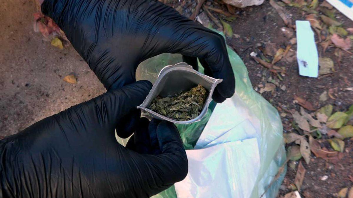 8 adolescentes hospitalizados tras consumir droga sintética ilegal de cannabis
