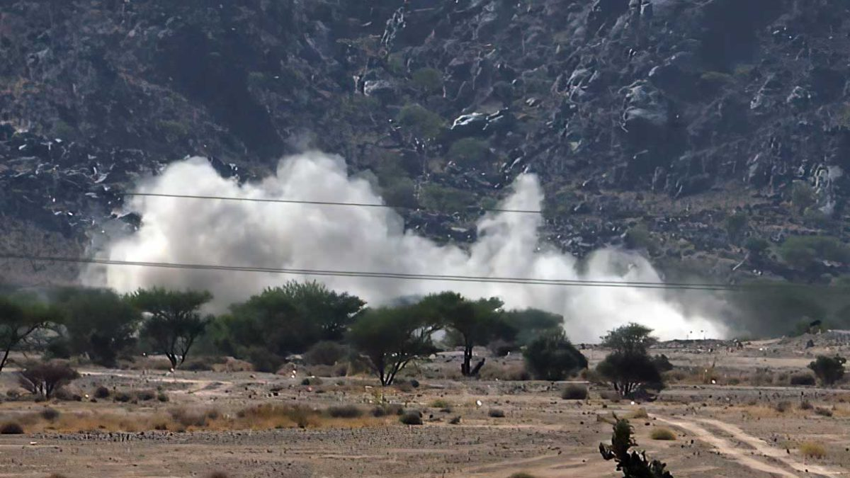 Coalición árabe ataca a los hutíes para poner fin al asedio de Abedia