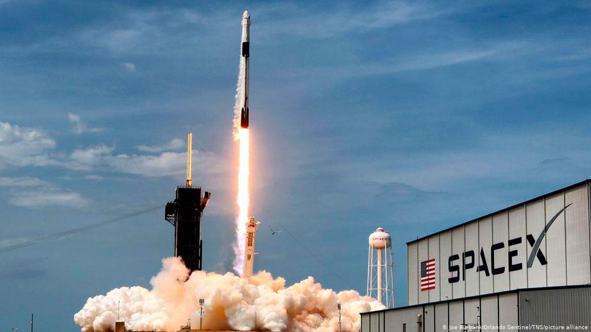 Kremlin: Los satélites de SpaceX son una amenaza para Rusia